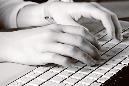 Tuyển sinh Trung cấp Công nghệ thông tin tại TPHCM